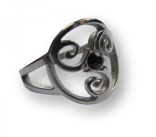 Ring Triskelion mit schwarzem Steinchen