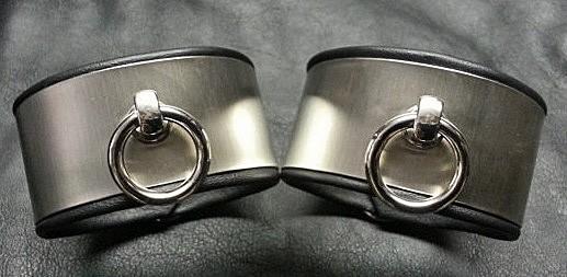 Edle Fesseln der O aus Edelstahl 40mm